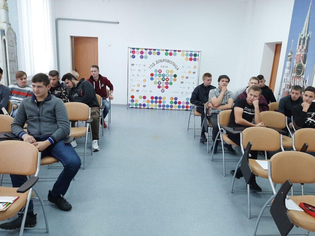 Для студентов 21-М группы педагогом-психологом #КСХТ Т.Л.Литвиновой 15 октября было проведено тренинговое занятие «Как сохранить психологическое здоровье».